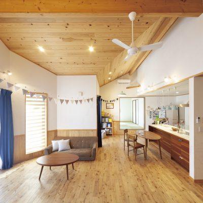 20代で建てた、自然素材た~っぷりのフラットハウス(39坪)