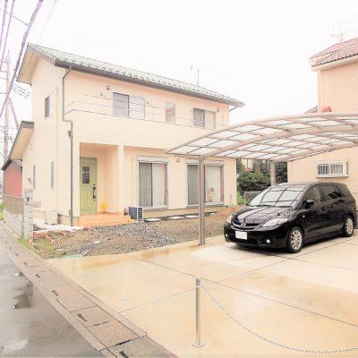 2Fホールに勉強・書斎スペースを持つ折上げ天井のある33坪の家