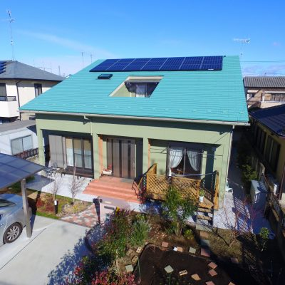 広々吹き抜けと自然エネルギーで安心快適な44坪のお家