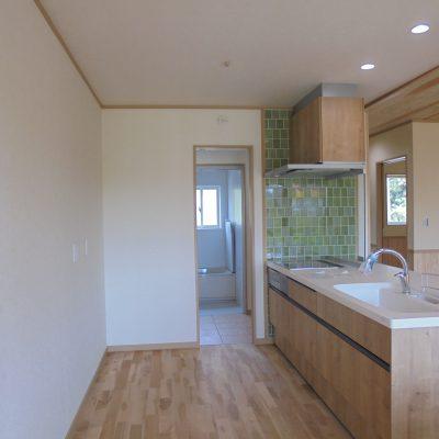 木の温もりが大好きなご夫婦が考えた42坪2階建て住宅