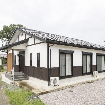 無垢材や自然素材たっぷりの平屋建て住宅