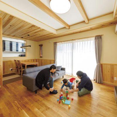 日当たりの良いリビングは和室をつなげると20畳もある広々くつろぎスペース!!36坪2階建て住宅